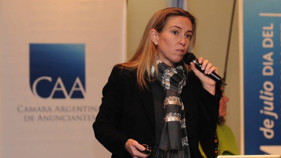 """#JornadasCAA """"CAAsos de Negocios _ Estrategias exitosas de marcas"""" 2010: Interbrand + L´Oréal + Peugeot + Molinos Río de la Plata + Echo SoundBranding"""